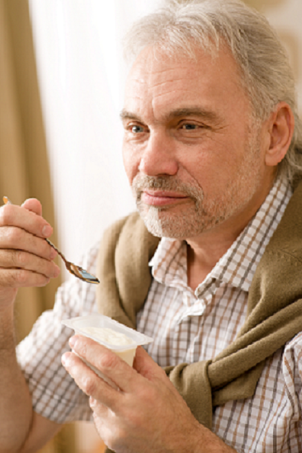 Special Nutrition Needs for Seniors with Alzheimer's Disease